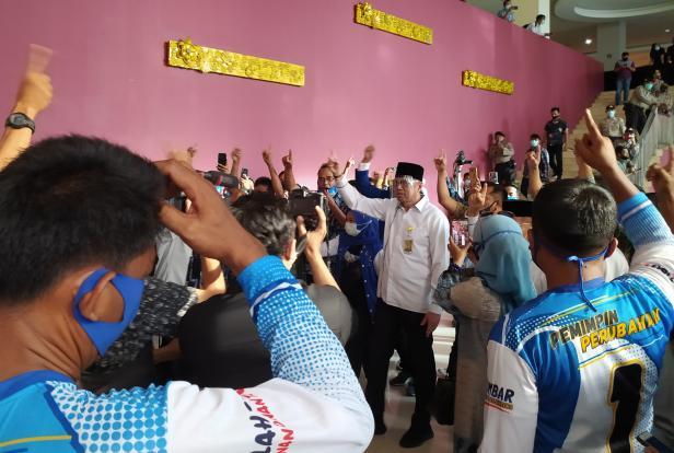 Mulyadi usai debat publik kedua di Hotel Inna Muara, Rabu, 3 Desember 2020