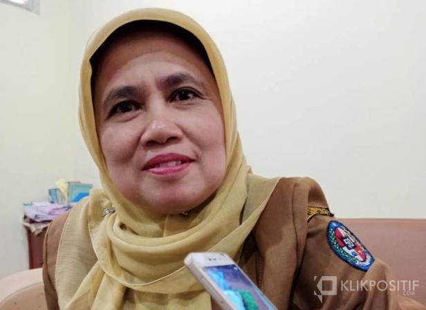 Kepala Dinas Kesehatan Lima Puluh Kota Tien Septino