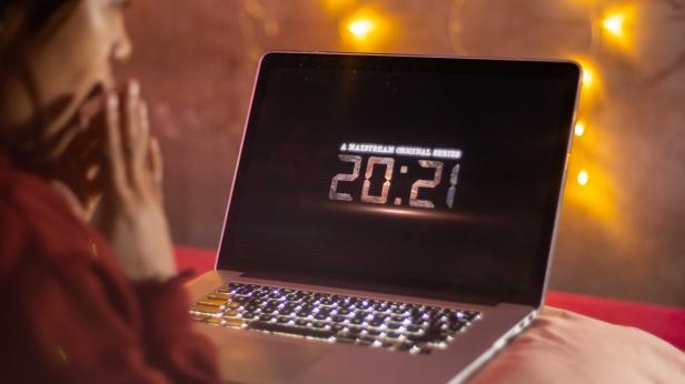 MAXstream Rilis 20:21, Serial Orisinal Unik dengan Plot Time Loop yang Misterius