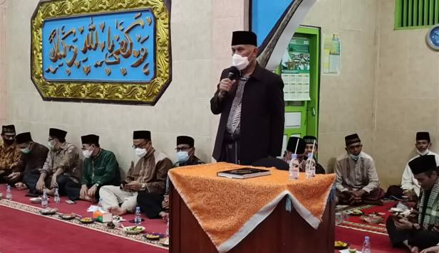Gurbernur Sumbar Mahyeldi Ansharullah