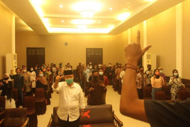 Nasrul Abit di acara Deklarasi Relawan Memilih Nasrul Abit-Indra Catri di Padang, Rabu (29/10)