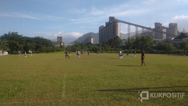 Pemain Semen Padang FC saat Sesi Latihan
