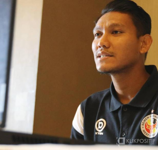 Manda Cingi, pemain Semen Padang FC