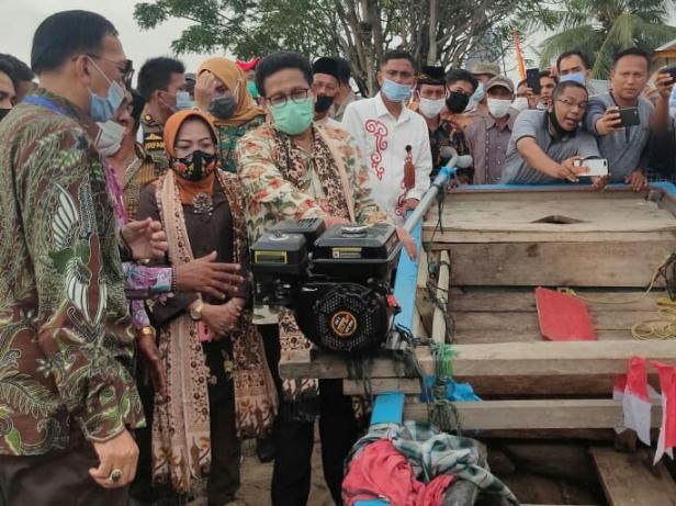 Mendes PDTT, Abdul Halim Iskandar di Sungai Pinang- Pessel