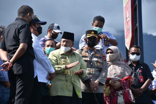 Menteri KKP Wahyu Sakti Trenggono mengunjungi Danau Maninjau
