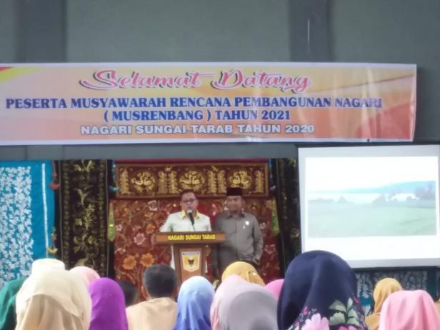 Wakil Ketua DPRD Anton Yondra dan Anggota Benni Apero di Musrenbang Nagari Sungai Tarab