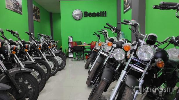 Dealer Benelli Padang