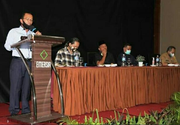 Dirut PDAM Batusangkar Nazwir memberikan sambutan di acara Business Plan