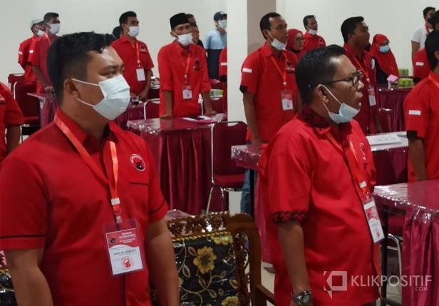 Endang Jaya Putra (kanan) di acara Rakernas PDIP secara virtual