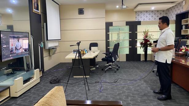 Kegiatan launching Unit Layanan Pelanggan (ULP) Teknis Lima Puluh Kota UP3 Payakumbuh via zoom oleh PLN Sumbar pada Rabu (06/03)