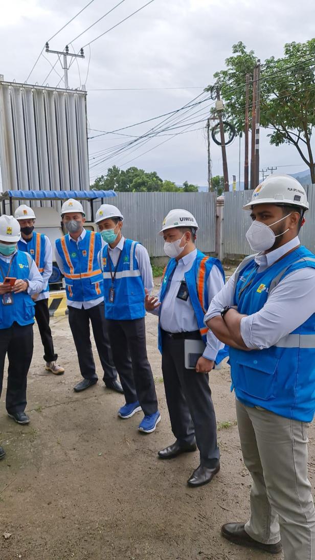 PLN Unit Induk Wilayah Sumatera Barat (UIW Sumbar) kunjungi salah satu perusahaan supplier gas oksigen di Kota Padang yaitu PT Samator Gas Industri, pada Selasa (13/07) lalu.