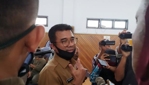 Kepala Dinas Pendidikan Sumbar Adib Alfikri