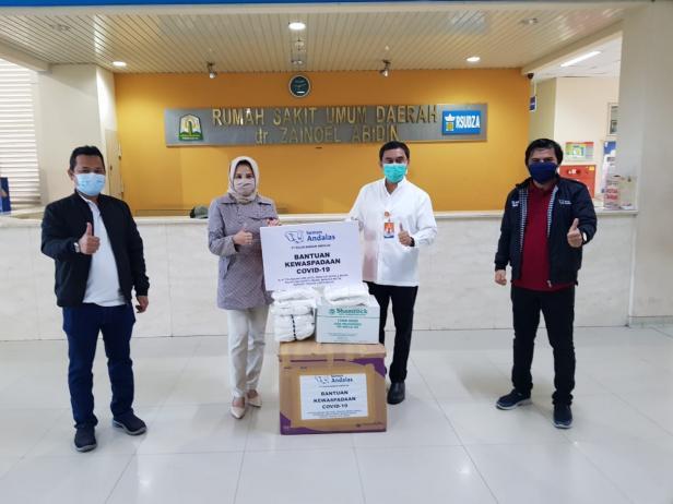 SBA serahkan bantuan peralatan medis untuk tiga RSUD di Aceh.