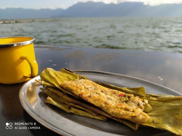 Palai pensi PalantAbo di tepi Danau Maninjau