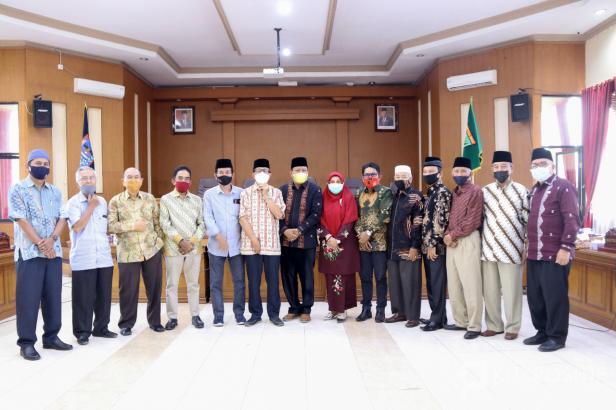 Pansus Aset DPRD Kota Payakumbuh Hearing Bersama Tokoh Masyarakat Luak Limopuluah