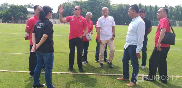 Ketum PSSI Mochamad Iriawan dan Sekjend PSSI saat kunjungan ke Stadion Mandala Krida, Yogyakarta beberapa waktu lalu.