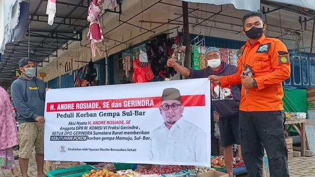 Andre Rosiade mengirimkan bantuan untuk korban gempa di Mamuju, Provinsi Sulawesi Barat (Sulbar)