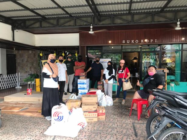 Karambia runners kumpulkan bantuan sehari-hari untuk diberikan kepada panti asuhan Bunda Saiyo Padang,