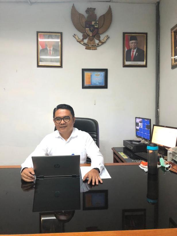 Kepala Bank Nagari Cabang Tapan, Helfiyanrika.