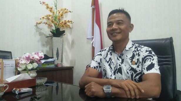 Anggota Banggar DPRD Pessel, Ikal Jonedi