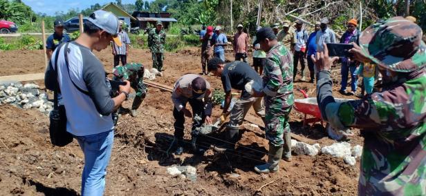 TMMD: Peletakan Batu Pertama Pembangunan Kampung Dorba