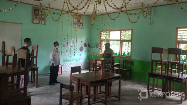 Pemerintah Kabupaten Lima Puluh Kota mengecek kesiapan gedung SDN 02 Durian Gadang sebagai tempat karantina warga yang terpapar COVID-19.