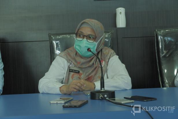 Kadinkes Padang, Feri Mulyani