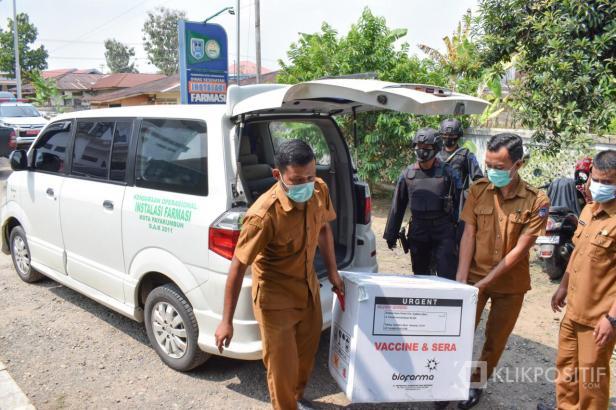 Kedatangan vaksin COVID-19 di Kota Payakumbuh.