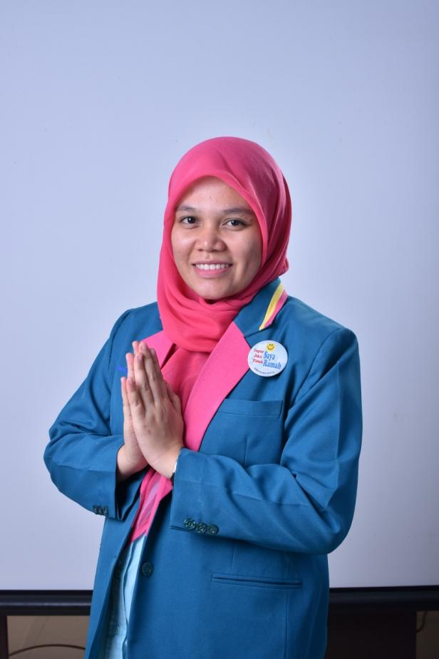 Kepala Bagian SDM dan Keuangan Semen Padang Hospital, Novia Zayetri, SE,Ak.
