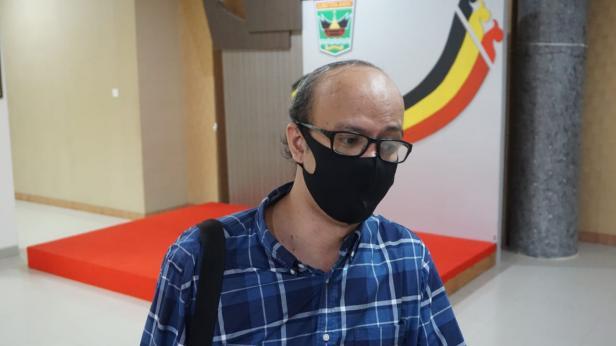 Ahli Epidemiologi Unand Defriman Djafri