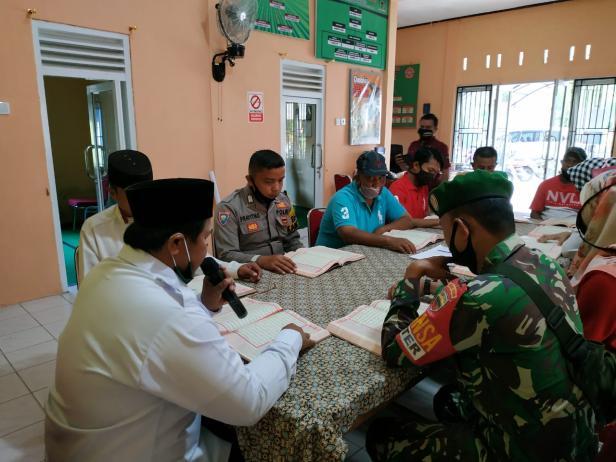Kades Desa Cubadak Mentawai pimpin tadarus