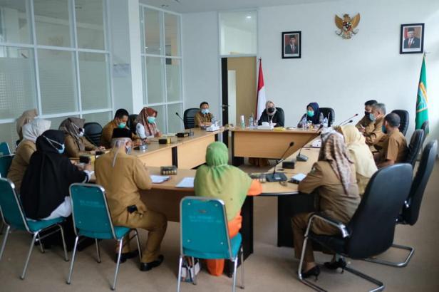 Rapat koordinasi PHI di ruangan VIP Balaikota Padang Panjang, Selasa (8/12).