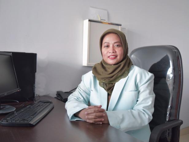 Dokter Paru Semen Padang Hospital, dr. Russilawati, SP.P(K)