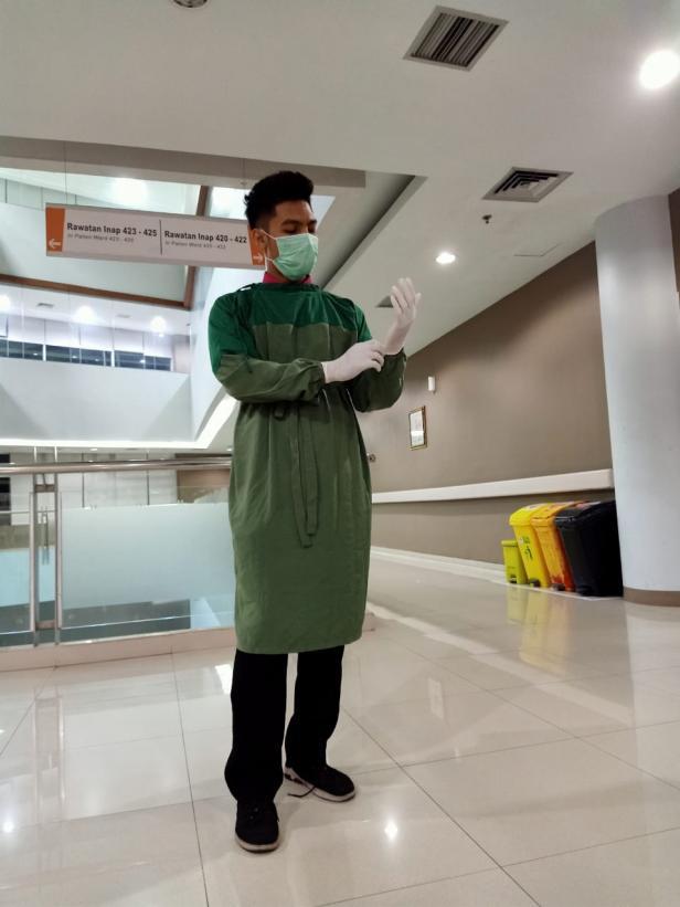 Perawat SPH yang bertugas di IGD, Ns.Gian Divel Yevosriera.S,Kep