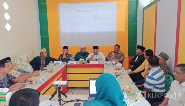 Suasana pertemuan perampungan struktur tim pemenangan pasangan Erick Hariyona - Syawal Suro