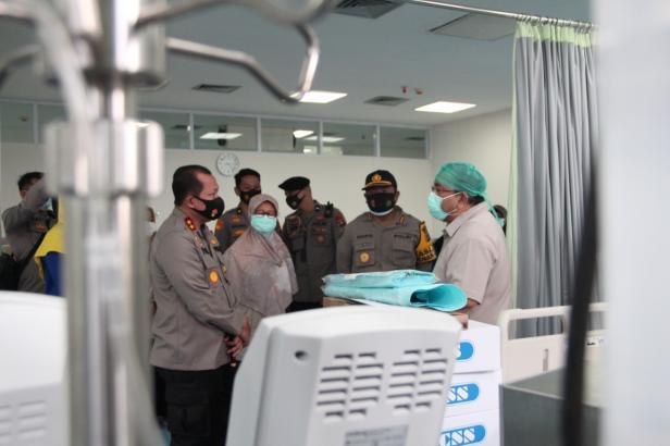 Saat Peninjaun Ruang Tambahan HCU/ICU di RSUP M Djamil Padang
