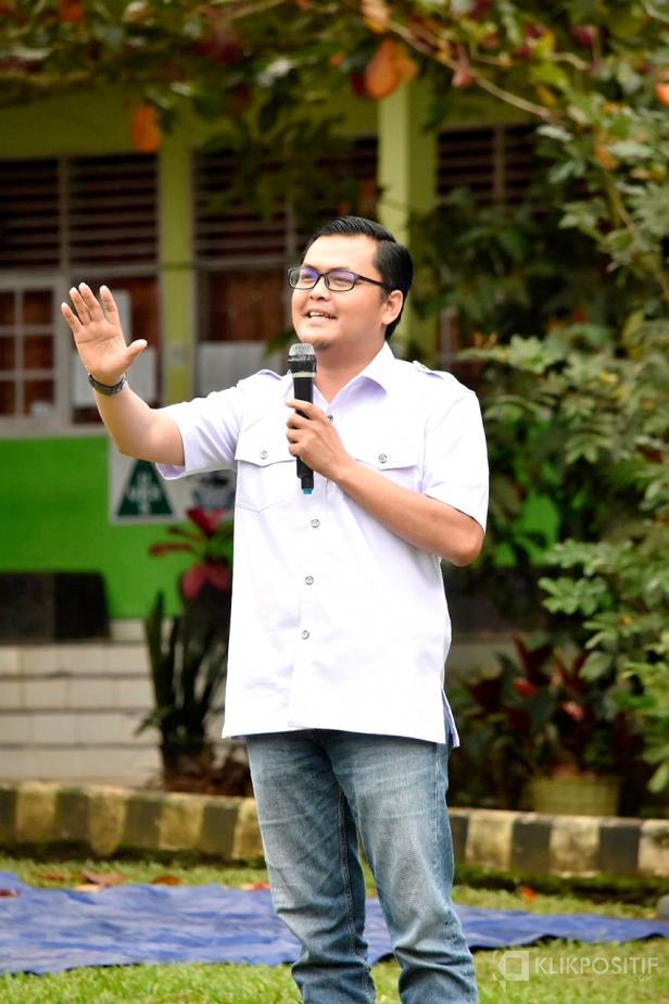 Rizki Kurniawan Nakasri (RKN).