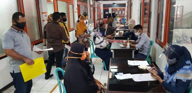 Pt Pos Realisasi Bansos Tahap Empat Dan Lima Kota Padang Baru 80 Persen Klikpositif Com Media Generasi Positif