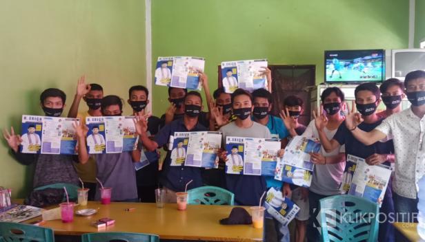 Tim Relawan Pro Erick usai mendeklarasikan diri di Batang Toman, Nagari Lingkuang Aua, Kecamatan Pasaman