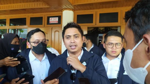 Ketua Umum Badan Pengurus Pusat (BPP) HIPMI, Mardani H. Maming dan Ketua Umum Badan Pengurus Daerah (BPD) Himpunan Pengusaha Muda Indonesia (HIPMI) Sumatera Barat, Brian Putra Bastara