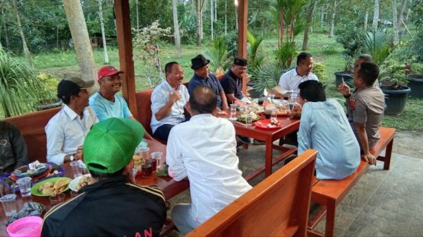 Pertemuan IKS Perantauan membahas rencana pulang basamo