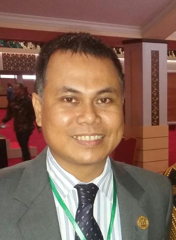 Ketua Pusat Kajian Gerakan Bersama Antikorupsi Universitas Negeri Padang (PK-Gebrak-UNP), Mohammad Isa Gautama