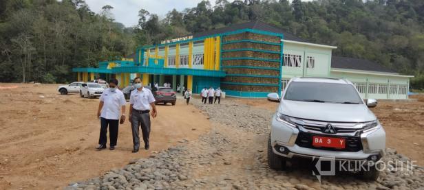 Menunggu izin operasional RS Pratama Solsel di Lubuk Malako Telah PHO pada 28 Desember yang lalu