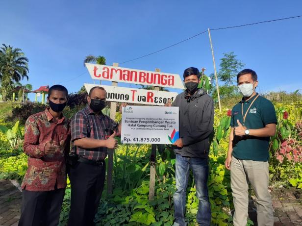 PT PLN Unit Induk Wilayah Sumatera Barat melalui  Program Tanggung Jawab Sosial dan Lingkungan (TJSL) menyalurkan bantuan Pengembangan Objek Wisata Kampung Gunung Tua, Kab. Pasaman Barat sebesar Rp. 41.875.000,- pada Rabu, (23/06).