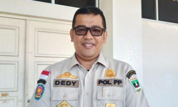 Kepala Satuan Polisi Pamong Praja Sumbar Dedy Diantolani