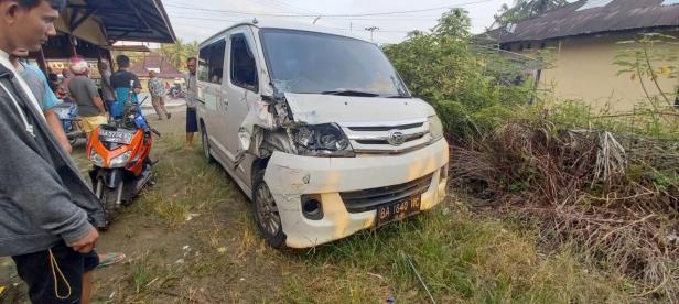 Mobil yang terlibat kecelakaan