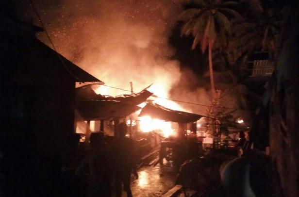 Kebakaran di Jorong Malana Ponco, Nagari Baringin, Kecamatan Limo Kaum, Tanah Datar