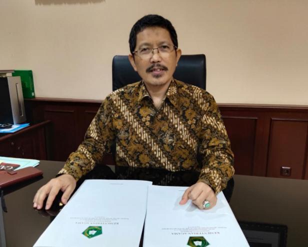 Kepala Biro Kepegawaian Saefuddin