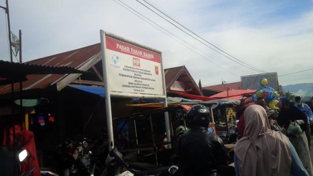 Pasar Pakan Kamih