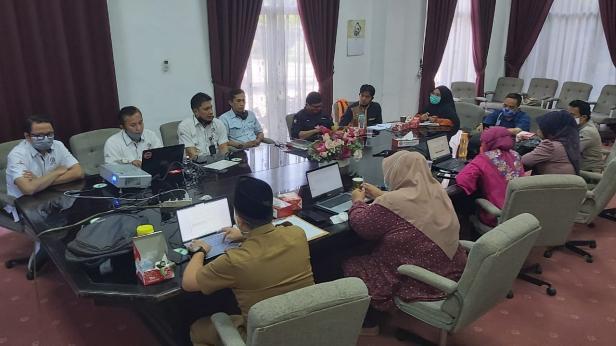 Opening Social Mapping CSR Semen Padang Tahun 2020 di GSG Semen Padang, Senin, 19 Oktober 2020.